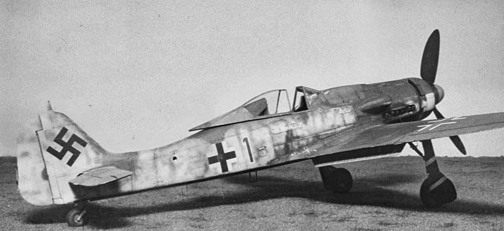 Hasegawa 1/32 Fw 190 D9 JV44